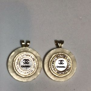 Jewelry - Stunning Authentic Designer button earrings